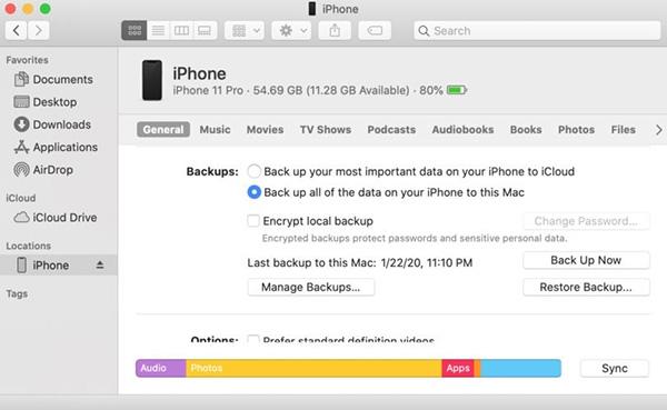 Chuyển hình ảnh từ iPhone sang iPhone bằng Finder