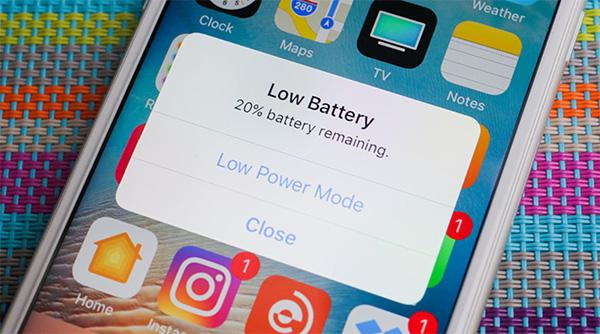 Chế độ nguồn điện thấp (Low Power Mode) giúp tăng tốc độ sạc pin điện thoại