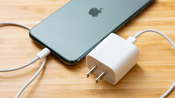 Xả pin iPhone không quá khó ai cũng có thể làm được