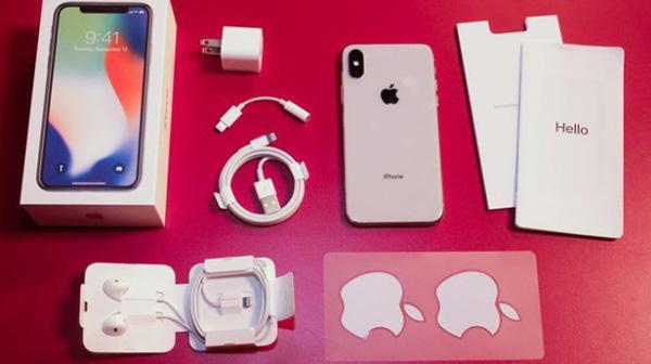 Sử dụng phụ kiện iPhone không chính hãng ảnh hưởng tới tuổi thọ và hiệu năng của thiết bị