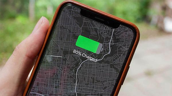 Có nên sạc đầy 100% pin cho iPhone không?