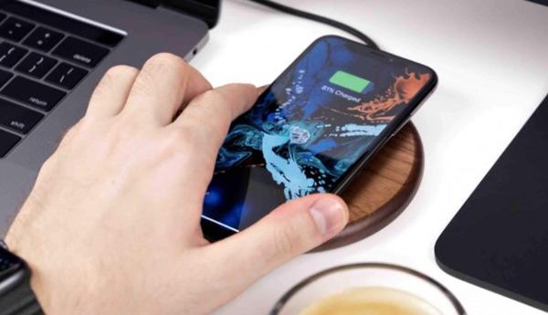 Có nên sạc điện thoại 8 tiếng trong 3 lần sạc đầu tiên không?