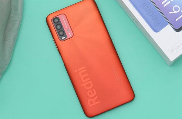 Redmi 9T với thiết kế màn hình lớn, pin trâu, cấu hình mạnh mẽ xứng đáng là smartphone chơi game tốt nhất trong phân khúc giá 3-4 triệu đồng