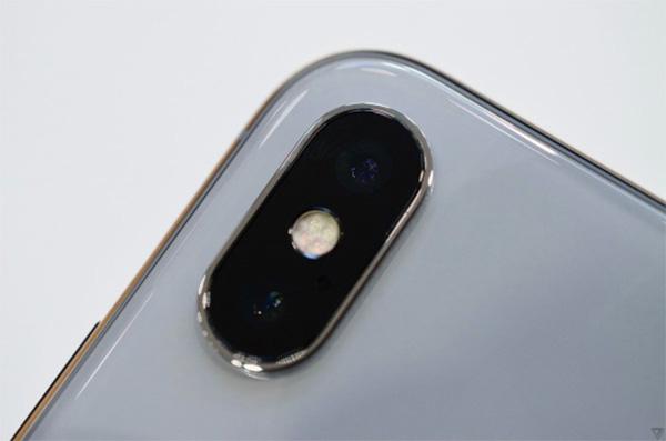 Kiểm tra camera iPhone