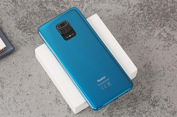 Redmi Note 9S có thiết kế cụm đa camera đặt chính giữa nổi bật