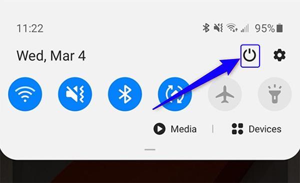 Tắt nguồn điện thoại Samsung Quick Panel